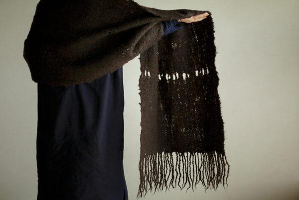 手紡ぎストール